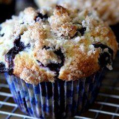 #135772 - Blueberry Coffee Cake Muffins - By TasteSpotting