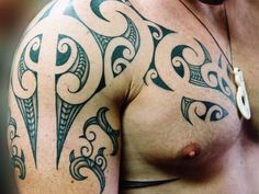 One popular tattoo that you may want to consider is Maori tattoos. Maori tattoos are a popular tattoo choice for many men. Although Maori tattoos are mainly worn by men, women do get such tattoos. Maori tattoos can be designed in a variety of. Tribal Tattoo Designs, Maori Tribal Tattoo, Ta Moko Tattoo, Tribal Tattoos With Meaning, Tribal Tattoos For Men, Tattoo Designs And Meanings, Tattoos For Guys, Maori Art, Tattoo Meanings