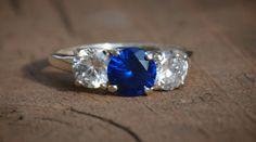 sapphire ring three stone, all round brilliants