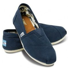 i want to get a pair of toms and design them