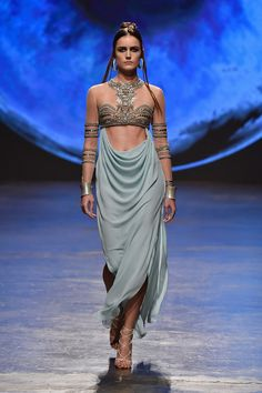 What one of Xaro's dancers he gifts Daenerys would wear,Dany Tarbet