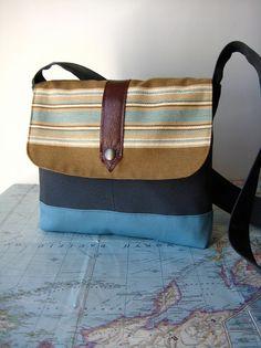Franklin-- crossbody messenger bag