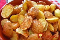 Tieto zemiaky sa typicky podávajú v Anglicku, sú jednoduché na prípravu, no napriek tomu celkom iné ako tie, ktoré bežne podávame my. My sme si ich doma zamilovali a robíme ich pravidelne. Skúste a uvidíte. Potrebujeme: Zemiaky Tuk Soľ Postup: Zemiaky ošúpeme a vcelku, nepokrájané, ich v hrnci zalejeme vriacou osolenou vodou a dáme variť...