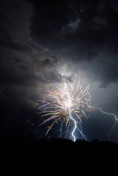lightning strikes firework....wow!
