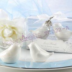 Love Birds Salt and Pepper Shakers Wedding Favors #weddingsouvenirs #weddingfavors #weddingdoorgifts #crafts #BeterWedding
