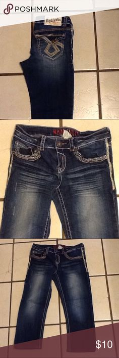 Hydraulic Jean capri's, sz. 7/8 .. Super cute Hydraulic capri's .. Sz. 7/8 .. These are in fantastic condition.. No issues. Hydraulic Jeans Ankle & Cropped