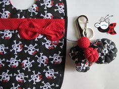 Lixeirinha de carro + Chaveiro Para encomendar o seu, mande um e-mail para contato@mimusideias.com.br www.mimusideias.com.br