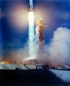 Apollo 15 clears the tower on 26 July 1971 Apollo Program, Apollo Missions, Buzz Aldrin, Space Race, Man On The Moon, Space Images, Space Program, Science And Technology, Nasa