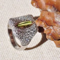 Diamond and marquise peridot ring set in Platinum, by Ricardo Basta Fine Jewelry - art deco inspired peridot ring