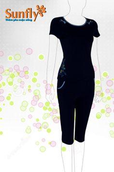 Năng động ngày hè với bộ đồ thể hiện sự khỏe khắn cá tính, nhưng không kém phần sang trọng. Bộ quần ngố, cộc tay HW218 Mã sản phẩm : HW218 Giá: 265,000 VNĐ Màu sắc: Hồng, xanh bạc hà, tím than, đỏ mận Xem thêm tạihttp://sunfly.com.vn/san-pham.aspx
