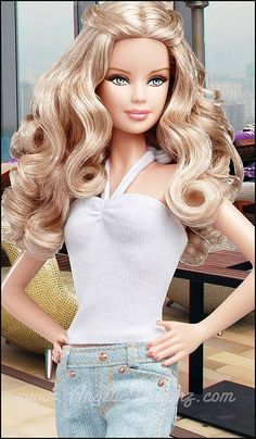 Looking for Collectible Barbie Dolls? Shop the best assortment of rare Barbie dolls and accessories for collectors right now at the official Barbie website! Barbie Life, Barbie World, Barbie Dress, Barbie Clothes, Barbie Barbie, Barbie Stil, Manequin, Barbie Basics, Barbie Model