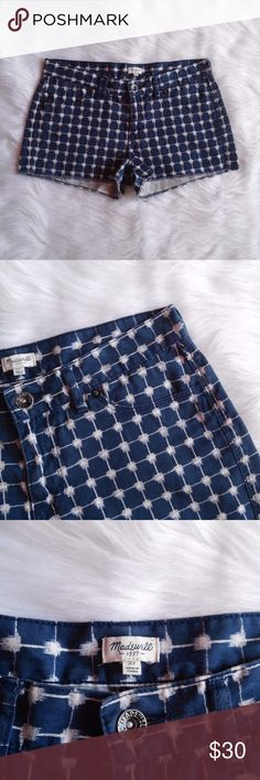 "Madewell Denim Cutoff Shorts in Graphic Grid Size 27.  100% Cotton. Unifinished hems.  Great preowned condition. No flaws. Open to Offers :)  Waist: 16"" Flat Across Rise: 8.5"" Inseam: 2"" Length: 10.5""  *a0060 Madewell Shorts"