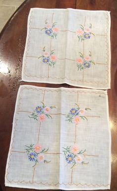 ANTIQUE PAIR CREAM FRENCH KNOT EMBROIDERED FINE LINEN SQUARE DRESSER SCARVES