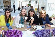 The wedding-theme event hosted by Mindy Weiss and Wedding Paper Divas in Los Angeles featured the D.I.Y. trend: one station invited guests to customize cookies with watercolor-inspired paints.