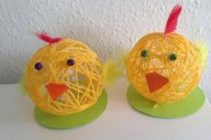 Garnæg | Kreativ med ungerne Yarn Bombing, Diy Projects To Try, Easter Crafts, Kids And Parenting, Diy For Kids, Diy And Crafts, Creations, Christmas Ornaments, Holiday Decor