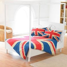 Union Jack Blanket & Pillows