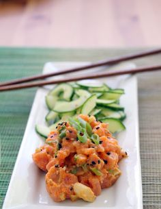 Spicy Tuna Sashimi Salad- better than your favorite sushi restaurant version!