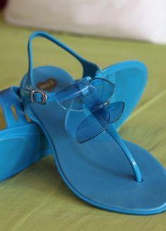 Kupuj mé předměty na #vinted http://www.vinted.cz/zeny/sandaly/9332029-tyrkysove-modre-sandalky-mel-s-motylem