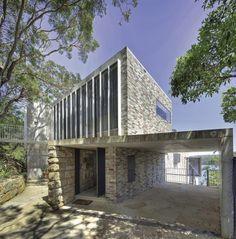 Castlecrag House by Neeson Murcutt Architects