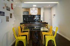 Descolada e alegre: o amarelo deixou a cozinha com personalidade e um estilo diferenciado