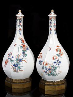 A pair of Samson porcelain vases and covers, 19th century