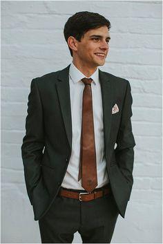 Marno & Jaunmari se industriële troue Industrial Wedding, Van, Blazer, Jackets, Fashion, Down Jackets, Moda, Fashion Styles, Blazers