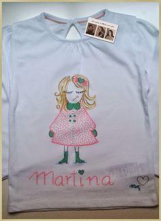 Martina Otro encargo más realizado y entregado. Ésta nueva camiseta personalizada y hecha a mano ya la disfruta la pequeña Martina en Arjona , Jaén.