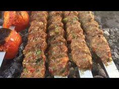 آموزش چماق كباب گيلان (تنها كباب دودي طعم ايران) خشمزه  ترين كبابي بود كه خوردم ! جوادجوادي - YouTube Beef Kabob Marinade, Beef Skewers, Kebabs, Beef Recipes, Salad Recipes, Cooking Recipes, Arabic Breakfast, Iran Food, Lebanese Recipes