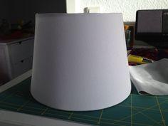 Ihr benötigt  Lampenschirm-hier JÄRA von IKEA . Stoff- hier ist alles möglich. Baumwolle, Samt, Polytierchen, Seide Stylefix von Farbenmix ,...