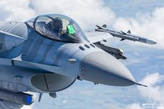 The Aviationist » Stunning air-to-air photographs show Polish Su-22, F-16 and…