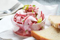#Radieschensalat mit Schinken ist eine leckere und erfrischende Kombination im Frühling. Ein #Rezept, das alle mögen.