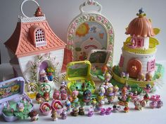Charmkins! One of my favorite toys as a kid! I had most of them and the big house. Wanted the windmill house but never got it.