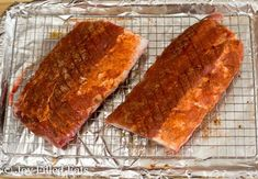 RIB RUB RECIPE -- Oven Baked Ribs - Low Carb, Keto, Gluten-Free, Grain-Free, THM S - Need a foolproof recipe for Dry Rub Baby Back Ribs in the oven? You can make smokey ribs right in your oven that taste like they spent the day in a smoker. Rub Recipes, Pork Recipes, Low Carb Recipes, Cooking Recipes, Ribs Recipe Oven, Oven Baked Ribs, Pork Back Ribs, Beef Ribs, Babyback Ribs In Oven
