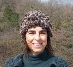 Basic Hat in super bulky weight yarn. Free pattern on Ravelry.