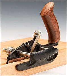 Veritas® Miniature Plow Plane - Lee Valley Tools