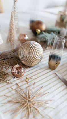 Fun tip: ornaments don't only have to go on trees! Decorate your holiday table with them too!