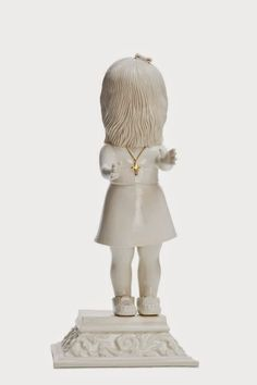 Artist's Blood-Stained Sculptures Of Children Shock Netizens - japanCRUSH Scary, Creepy, Like Image, Call Art, Blood, Art Pieces, Statue, Halloween, Children