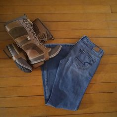 NWOT American Eagle Hipster Flare Jeans NWOT Size 4 Regular AE Hipster Flare Jeans. American Eagle Outfitters Jeans Flare & Wide Leg