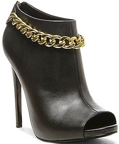 Steve Madden DULIRIUS Black Leather $149.95 #shoes #heels - For more photos Click Here: http://www.needcuteshoes.com/products/steve-madden-dulirius-black-leather/