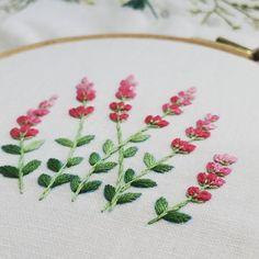 라벤더 완성. #부산프랑스자수 #자수공방 #생활자수 #프랑스자수 #프랑스자수수업 #embroidery #sewing