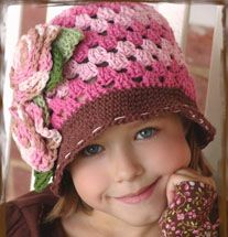 Full of lovely hat. I like the stitching around the brim; great idea. Also love the color combo.