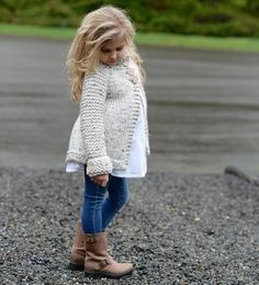Ravelry: Waltyn Sweater pattern by Heidi May Christmas Knitting Patterns, Sweater Knitting Patterns, Arm Knitting, Knitting For Kids, Crochet For Kids, Knit Crochet, Heidi May, Girls Sweaters, Cardigans For Women