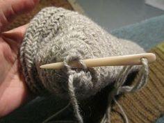Hibernaatiopesäke: Old Year's resolution: needle sock pattern. As I promised: how to make a sock nalbinded.