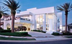 The NJ Residence by Pupogaspar Arquitetura