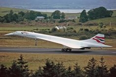 Pride of European Aviation. - British Airways Concorde (G-BOAF) visiting Shannon on 22nd August 2001 for crew training prior to service re-entry following the fuel tank mods. Shot by Malcolm Nason. - #instagramaviation #megaplane #vk_aviation #boeinglovers #planesdub #planespotting #boeing #airbus #concorde #planespotting #avnationrepost #zuerichspotter #sudaviation #bac #aerospatiale #sst #Concorde47Birthday by eu_spotters February 26 2016 at 01:11PM