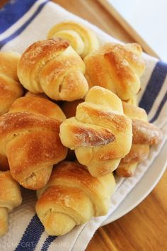 The Comfort of Cooking » Buttery No-Knead Crescent Rolls
