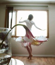 Платье-цветок / Фото (идеи съемок) / Модный сайт о стильной переделке одежды и интерьера