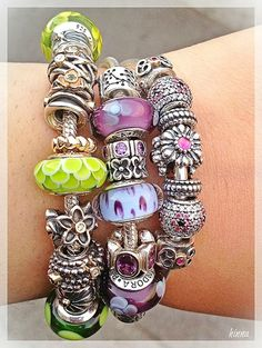 Stacked Pandora - always such a lively look
