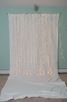 4. String Lights - 26 Dazzling DIY Photo Backdrops for Your Next Party or Photoshoot ... → DIY