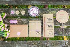 Feine Papeterie und Einladungskarten aus Holz von Mannikus Made | Hochzeitsblog The Little Wedding Corner